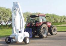 Nasávací pneumatický dopravník poháněný traktorem Kongskilde SupraVac 2000