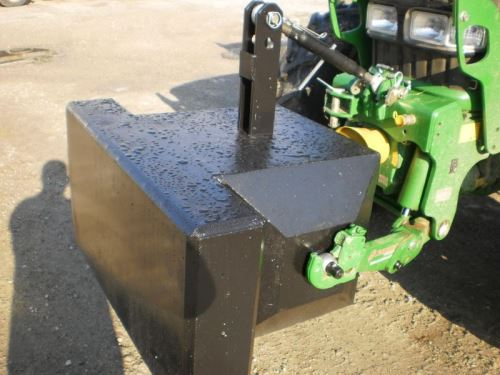 Traktorové závaží betonové 900 kg