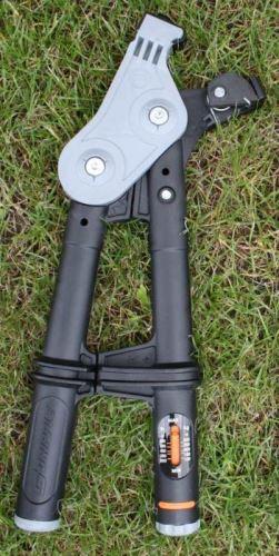Napínací kleště Gripple pro spojky ocelových drátů