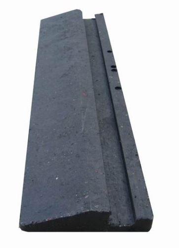 Nájezd nízký se spodním zámkem 40 x 10 x 2,2 cm pro stájové plastové rohože