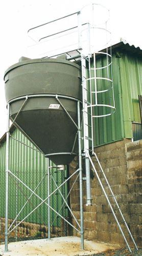 Prodloužení nohou o 900 mm pro silo na obilí, mouku, šrot, krmivo La GÉE 9,70 m3