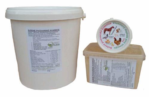 Sušené pivovarské kvasnice kelímek 1 kg pro koně, skot, psy, slepice