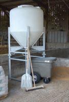 Zásobník na krmivo La GÉE 2000 l včetně konstrukce