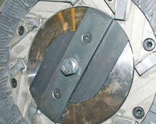 Diskový mlýn na obilí SKIOLD SK2500 a SK5000 ruční nastavení různé výkony