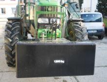 Traktorové závaží betonové 1200 kg