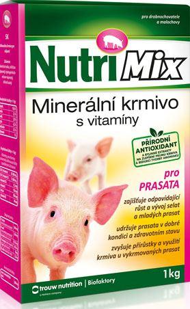 Nutrimix pro prasata a selata - doplňkové minerálně vitamínové krmivo 1 kg