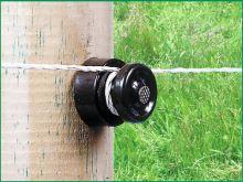 Prstencové hřebíkové izolátory černý pro elektrický ohradník balení 100 ks