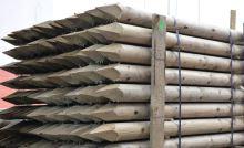 Dřevěný kůl kulatý borový 200 cm průměr 10 cm na ohradu